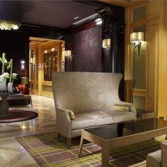 Отель Rochester Champs Elysees Франция, Париж - 1 отзыв об отеле, цены и фото номеров - забронировать отель Rochester Champs Elysees онлайн интерьер отеля фото 3
