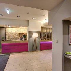 FourSide Hotel & Suites Vienna интерьер отеля