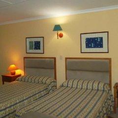 Отель Sunbeach сейф в номере