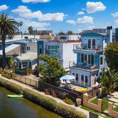 Отель New Listing! Venice Canal-front W/ Pool, Near Beach 5 Bedroom Home США, Лос-Анджелес - отзывы, цены и фото номеров - забронировать отель New Listing! Venice Canal-front W/ Pool, Near Beach 5 Bedroom Home онлайн фото 2
