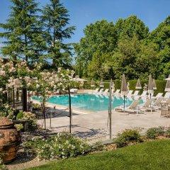 Отель Villa Cora бассейн