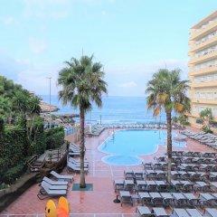 Отель Cala Font бассейн
