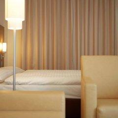 Отель IntercityHotel Dresden Германия, Дрезден - 5 отзывов об отеле, цены и фото номеров - забронировать отель IntercityHotel Dresden онлайн комната для гостей фото 5