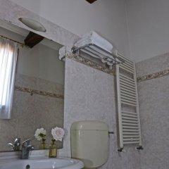 Отель Alla Corte Rossa Италия, Венеция - отзывы, цены и фото номеров - забронировать отель Alla Corte Rossa онлайн ванная