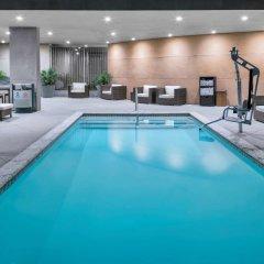 Отель Hampton Inn & Suites Los Angeles/Hollywood США, Лос-Анджелес - 8 отзывов об отеле, цены и фото номеров - забронировать отель Hampton Inn & Suites Los Angeles/Hollywood онлайн бассейн