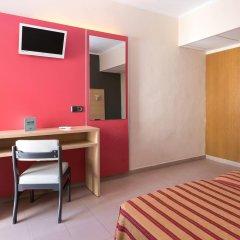 Отель The Red by Ibiza Feeling удобства в номере