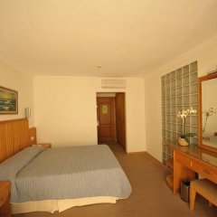 Отель Belcehan Beach удобства в номере