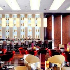 Отель Novotel Dubai Deira City Centre гостиничный бар