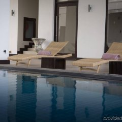 Shinagawa Beach Hotel бассейн фото 3
