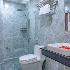 Отель Little Boss Homestay ванная фото 2