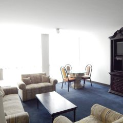 Отель Suites Bernini Гвадалахара комната для гостей фото 2