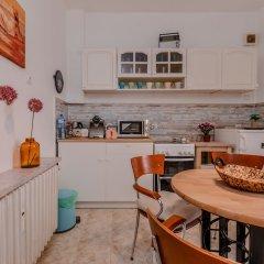 Отель FM Deluxe 2-BDR Apartment - La La Land Болгария, София - отзывы, цены и фото номеров - забронировать отель FM Deluxe 2-BDR Apartment - La La Land онлайн в номере