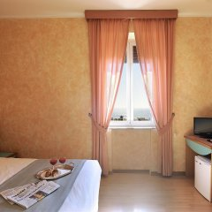Отель Bellavista Италия, Лидо-ди-Остия - 3 отзыва об отеле, цены и фото номеров - забронировать отель Bellavista онлайн комната для гостей фото 5