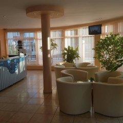 Отель Sun City Hotel Болгария, Солнечный берег - отзывы, цены и фото номеров - забронировать отель Sun City Hotel онлайн интерьер отеля фото 2