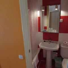 Отель Hostal Rober ванная фото 2