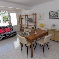Отель Agi Port de Roses Испания, Курорт Росес - отзывы, цены и фото номеров - забронировать отель Agi Port de Roses онлайн комната для гостей фото 2