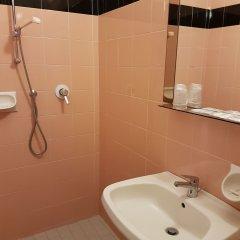 Отель Ceccarini 9 Италия, Риччоне - отзывы, цены и фото номеров - забронировать отель Ceccarini 9 онлайн ванная фото 2