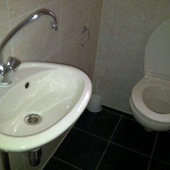 Отель Maggys Guesthouse Нидерланды, Амстердам - 2 отзыва об отеле, цены и фото номеров - забронировать отель Maggys Guesthouse онлайн ванная