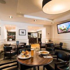 Отель Edinburgh Capital Hotel Великобритания, Эдинбург - отзывы, цены и фото номеров - забронировать отель Edinburgh Capital Hotel онлайн гостиничный бар