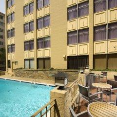 Отель The American Inn of Bethesda США, Бетесда - отзывы, цены и фото номеров - забронировать отель The American Inn of Bethesda онлайн бассейн фото 3