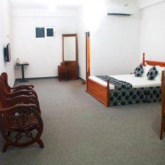 Отель White Palace комната для гостей