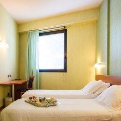 Hotel Concorde Озимо сейф в номере