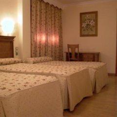 Отель La Higuera Испания, Гуэхар-Сьерра - отзывы, цены и фото номеров - забронировать отель La Higuera онлайн сейф в номере
