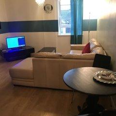 Отель City Centre Bath Street Suite интерьер отеля