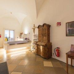 Отель Benediktushaus Австрия, Вена - отзывы, цены и фото номеров - забронировать отель Benediktushaus онлайн интерьер отеля фото 2