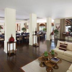 Отель Four Seasons Resort Chiang Mai гостиничный бар