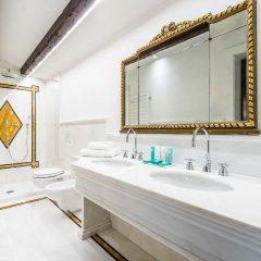 Отель Nani Mocenigo Palace Италия, Венеция - отзывы, цены и фото номеров - забронировать отель Nani Mocenigo Palace онлайн ванная