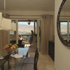 Отель Movenpick Resort & Residences Aqaba в номере фото 2