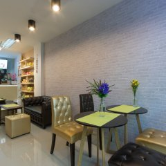 Отель JR Mansion Бангкок гостиничный бар
