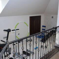 Отель Villa Quince Черногория, Тиват - отзывы, цены и фото номеров - забронировать отель Villa Quince онлайн спортивное сооружение