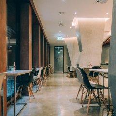 Отель Vela Bangkok Бангкок гостиничный бар