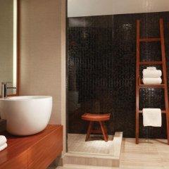 Отель Nobu Hotel at Caesars Palace США, Лас-Вегас - отзывы, цены и фото номеров - забронировать отель Nobu Hotel at Caesars Palace онлайн ванная фото 2
