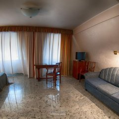 Hotel Residence Arcobaleno Пальми комната для гостей фото 4