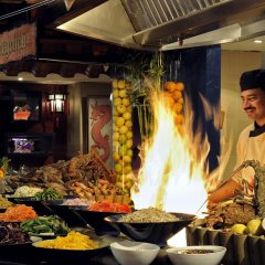 Отель Crowne Plaza Dubai Deira развлечения