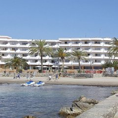 Отель Apartamentos Mar y Playa пляж