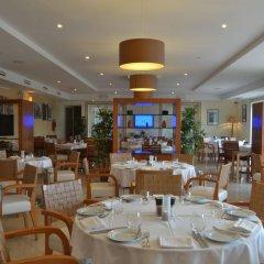Отель The Village Praia D El Rey Golf & Beach Resort Обидуш питание фото 2