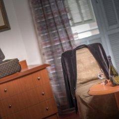 Отель Best Western Hotel Roosevelt Франция, Ницца - отзывы, цены и фото номеров - забронировать отель Best Western Hotel Roosevelt онлайн удобства в номере фото 2