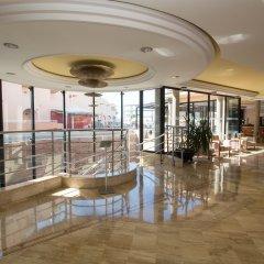Отель Azuline Hotel - Apartamento Rosamar Испания, Сан-Антони-де-Портмань - отзывы, цены и фото номеров - забронировать отель Azuline Hotel - Apartamento Rosamar онлайн интерьер отеля