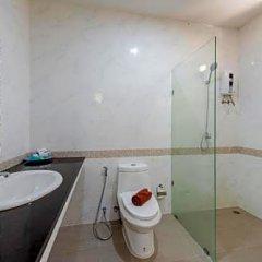 Отель Baan Karon Hill Phuket Resort ванная