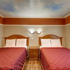 Отель Geneva Motel США, Инглвуд - отзывы, цены и фото номеров - забронировать отель Geneva Motel онлайн комната для гостей фото 3