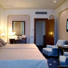 Отель Roger De Lluria Барселона комната для гостей фото 3