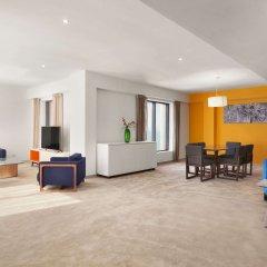 Ramada Hotel & Suites by Wyndham JBR фото 2