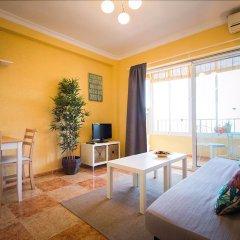 Отель Holidays2Roquedal Испания, Торремолинос - отзывы, цены и фото номеров - забронировать отель Holidays2Roquedal онлайн комната для гостей фото 4