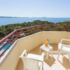 Отель Fiesta Hotel Tanit Испания, Сан-Антони-де-Портмань - отзывы, цены и фото номеров - забронировать отель Fiesta Hotel Tanit онлайн балкон