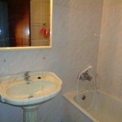 Отель Peniche Holiday Houses Португалия, Пениче - отзывы, цены и фото номеров - забронировать отель Peniche Holiday Houses онлайн ванная