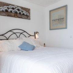 Отель Garoupas Inn Понта-Делгада комната для гостей фото 3